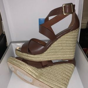 Charles David, brown wedge w/ leather strap